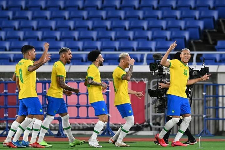 Il Brasile vince la prima partita. AFP
