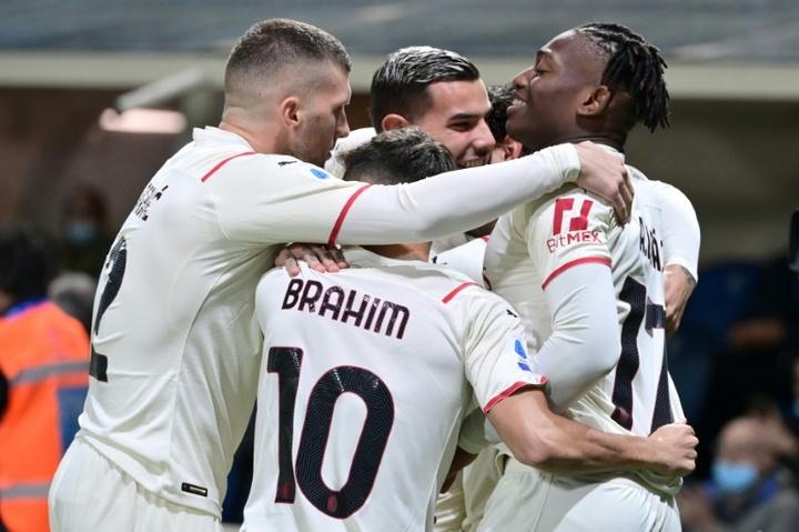 El Milan venció 2-3 al Atalanta. AFP