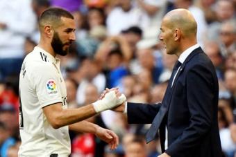 Zidane veut voir Benzema Ballon d'Or 2021. afp