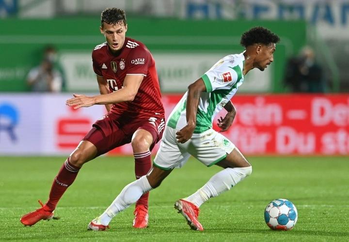 El Greuther Fürth, a desmarcarse del Arminia y el Eintracht. AFP