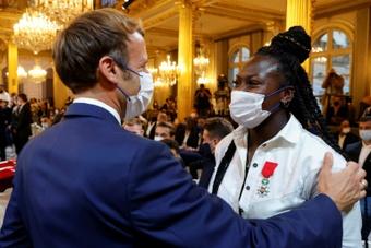 Macron aux médaillés de Tokyo. AFP