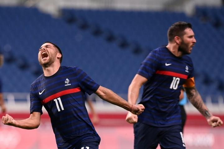 Gignac se salió y Savanier marcó el gol definitivo. AFP