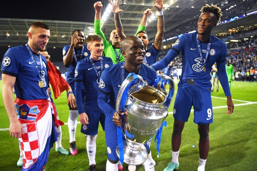 Ruud Gullit a encensé l'année de N'Golo Kanté. AFP
