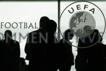 Barça, Real e Juve vão denunciar a UEFA e a FIFA.AFP