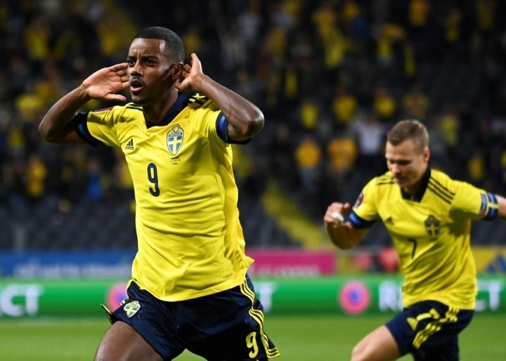 La joie de l'attaquant suédois Alexander Isak, après avoir égalisé (1-1) face à l'Espagne. AFP