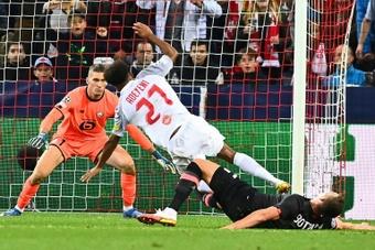 El Bayern ya negocia para fichar a Adeyemi. AFP