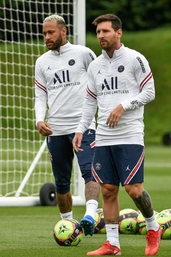 Neymar espère briller à nouveau aux côtés de Messi. AFP