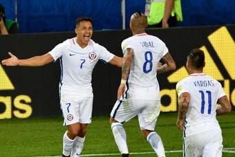 Arturo Vidal et Alexis Sanchez resteront à l'Inter, affirme Marotta. afp