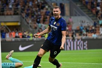 Dzeko está imparable en el Inter. AFP