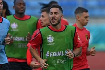 Hazard prêt pour le Clasico, Benzema au gymnase. afp