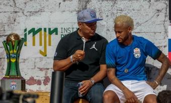 Neymar traité d'idiot par un commentateur, sa famille monte au créneau. afp