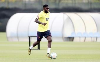 Barcelona wants to sell Umtiti. AFP