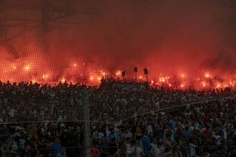 PSG passa mal no caldeirão de Marseille. AFP