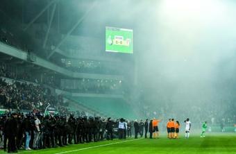 La LFP castigará al Saint-Étienne por los incidentes. AFP