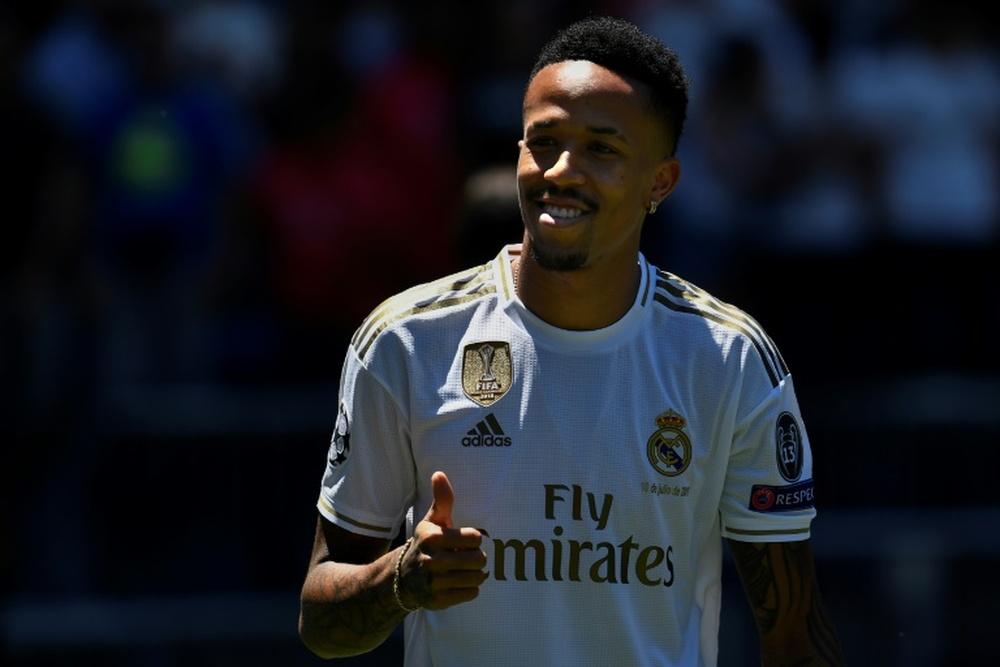 Militao podría causar baja para el Real Madrid en los próximos encuentros. AFP