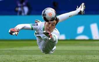 El Tottenham y el West Ham se interesan por Green. AFP