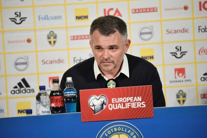 Willy Sagnol es el entrenador de Georgia. AFP