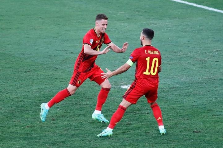 Thorgan Hazard se cae de la lista de Bélgica. AFP