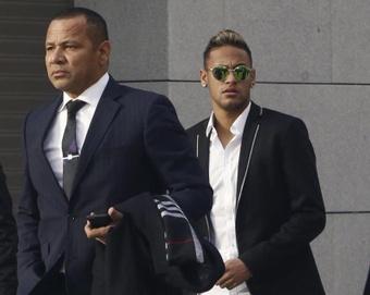 El padre de Neymar se desahogó. EFE
