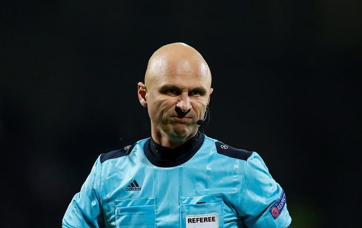 Karasev arbitrera la finale Chelsea - Villarreal. EFE