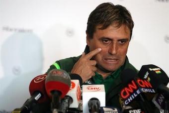 Hoyos dice que Bolivia va por los tres puntos para reafirmar al equipo. EFE/Archivo