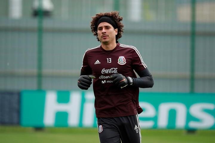 Además de su carrera futbolística, Ochoa es conocido por su faceta como inversor. EFE