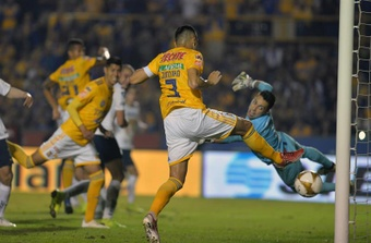Tigres logró el triunfo sobre la hora. EFE