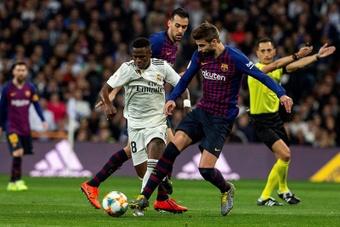 Gerard Piqué a évoqué le transfert raté de Vinicius au Barça. EFE