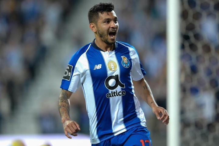 Jesus Corona could leave Porto this summer. EFE