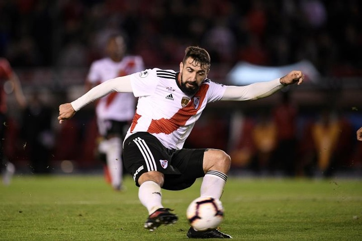 Lucas Pratto, a un paso de firmar con Vélez. EFE
