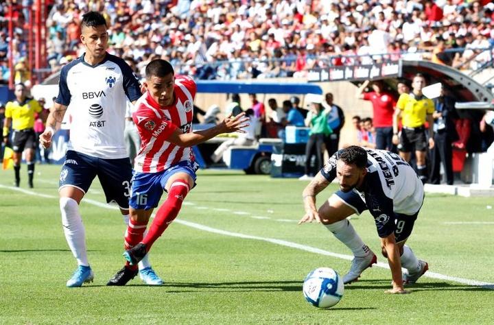 En México aseguran el regreso de Layún al América. EFE