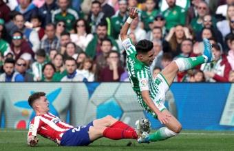 Álex Moreno aceptó las críticas y admitió que pudo salir en verano. EFE