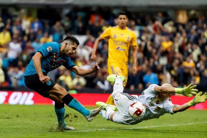 América ganó 1-0 a Tigres en el amistoso de pretemporada. EFE/Archivo