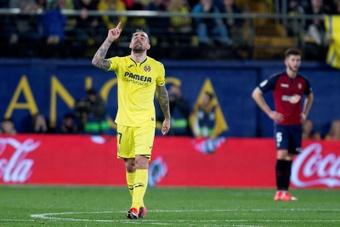 Paco Alcácer fue titular en el duelo entre el Villarreal y el Elche. EFE