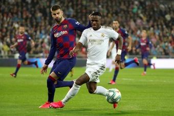 Piqué reveló que Vinicius estuvo cerca de fichar por el Barcelona. EFE