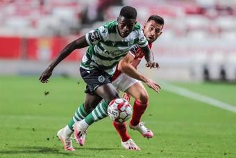 Nuno Mendes podría irse a otro club el último día del mercado. EFE
