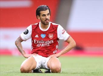 Dani Ceballos del Arsenal reacciona durante el partido de la Premier League inglesa. EFE