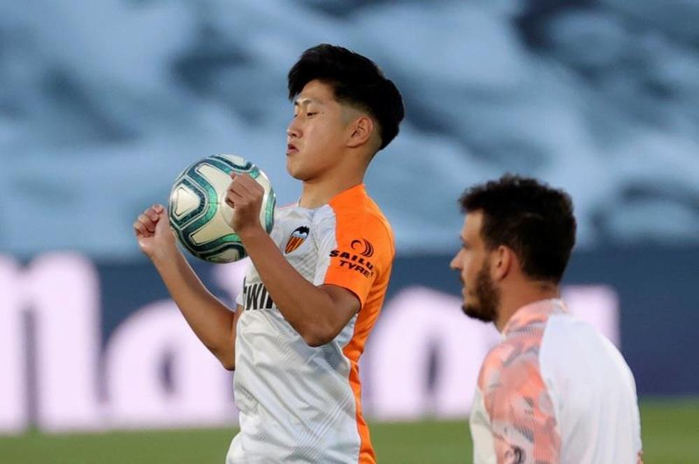 Valencia confirma a saída de Kang-In Lee.EFE