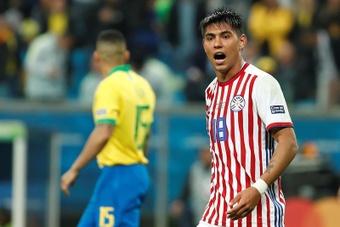 Arzamendia fue convocado por Paraguay. EFE