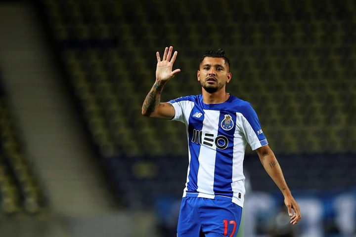 Jesus Corona has once again been linked with a move to Sevilla. EFE