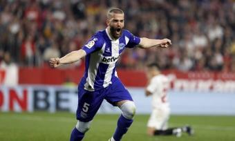 Laguardia expresó estar contento por el gol y con la portería a cero. EFE