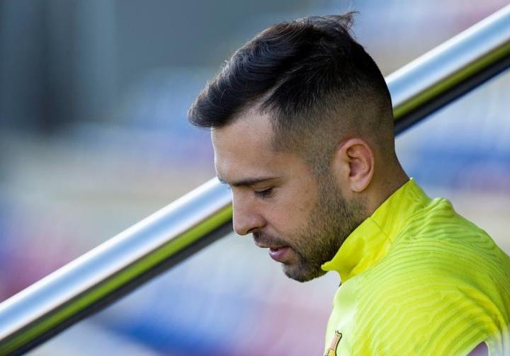 Jordi Alba will close his salary reduction next week. EFE