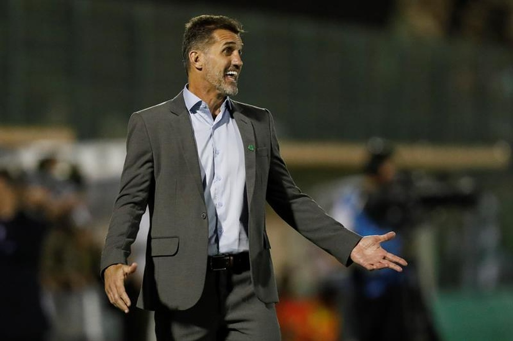 Grêmio encaminha vice de futebol e tenta Vagner Mancini de técnico. EFE/Sebastião Moreira