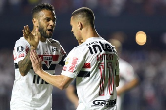 Flu em vantagem para ter Dani Alves. EFE/ Thiago Bernardes