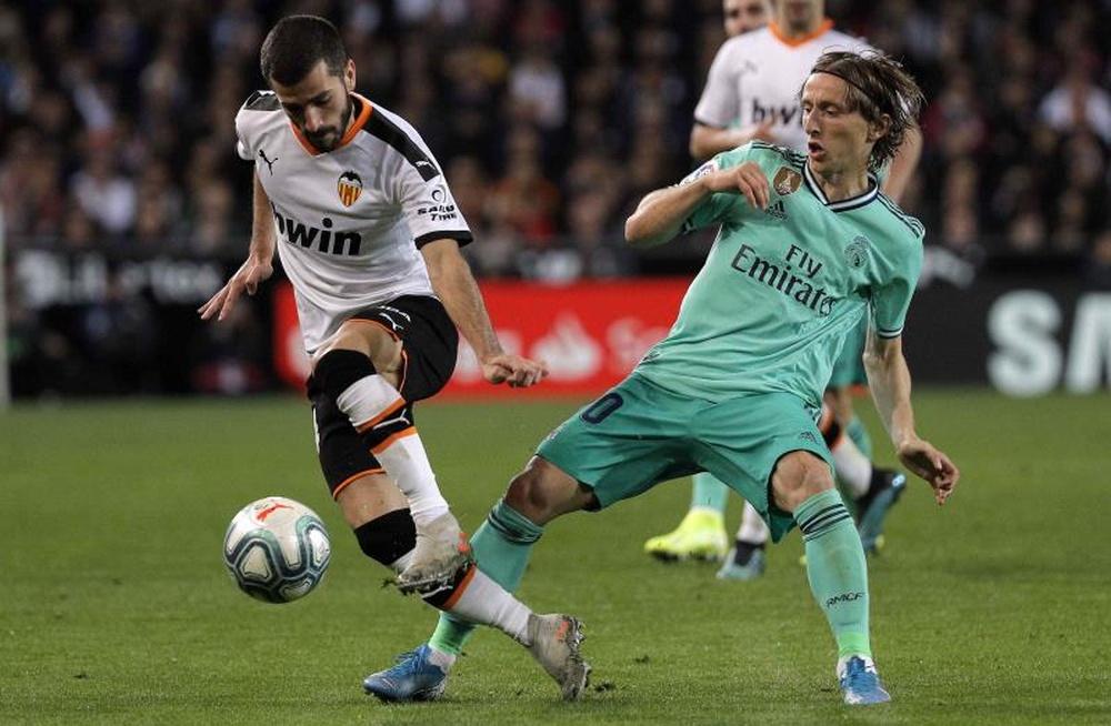 Las posibles alineaciones del Valencia-Real Madrid. EFE