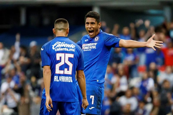 Luis Romo podría seguir los pasos de Orbelín Pineda y jugar en Europa. EFE