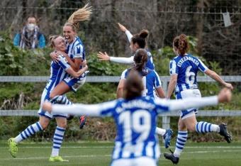 La Real Sociedad Femenina derrotó al Sevilla 2-0. EFE