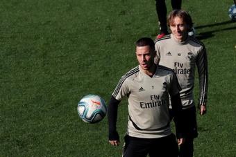 Hazard no llegó a tiempo al choque contra el Shakhtar. EFE