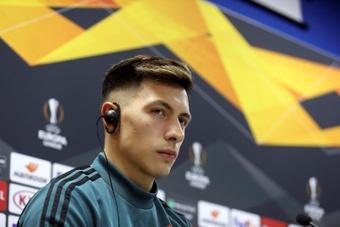 Lisandro Martínez, opción de refuerzo para el Barça. EFE