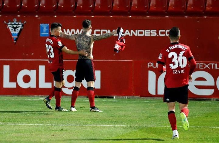 Brugui podría jugar en el Mirandés. EFE